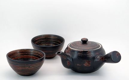 Κεραμική τσαγιέρα και 2 κούπες Qingdao
