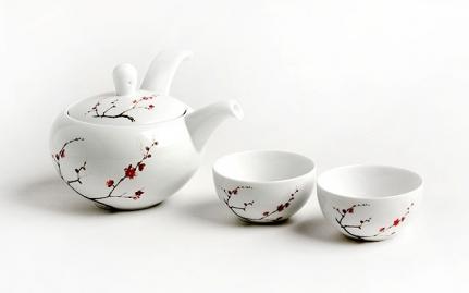 Πορσελάνινη τσαγιέρα και 2 κούπες Ying Hua