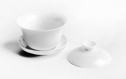White porcelain Zhong cup