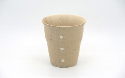 Μπεζ και λευκή κεραμική κούπα Shizuoka
