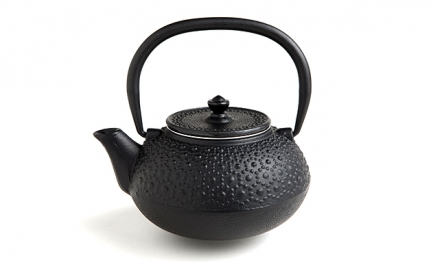 Black cast iron teapot Shippo 1 L