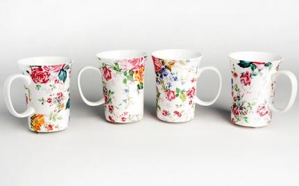 Porcelain tea mug Spring