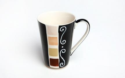 Porcelain tea mug Kenya