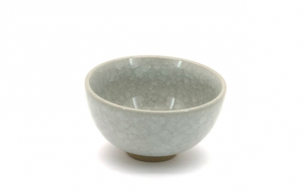 Porcelain crackle glaze cup