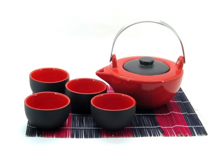 Porcelain red and black tea set Ying
